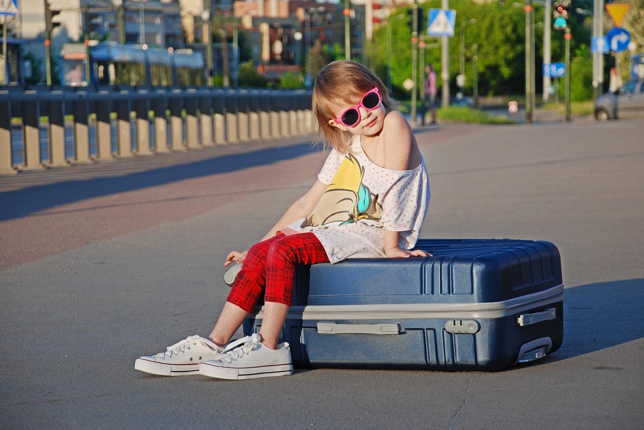 valise enfant avec ou sans roulettes